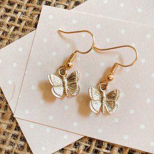BUTTERFLY GOLD EARRINGS. NEW